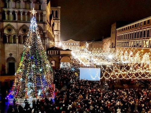 2019-Albero-Natale-e-capodanno-a-ferrara
